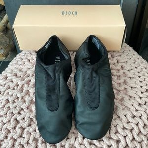 Bloch dance shoes - Brand new, size 9!
